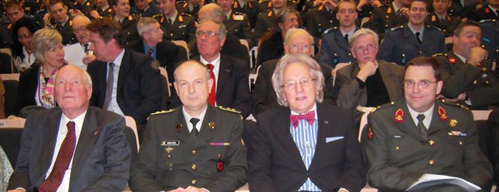 Oud-minister van Defensie Van Eekelen, Generaal-majoor Vindevogel,<br/>prof. Van der Geld en Luitenant-generaal Tieskens