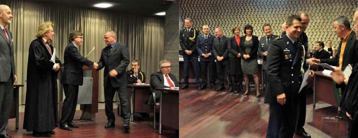 Uitreiking van de certificaten (links) / Uitreiking van de PIVO-getuigschriften (rechts)