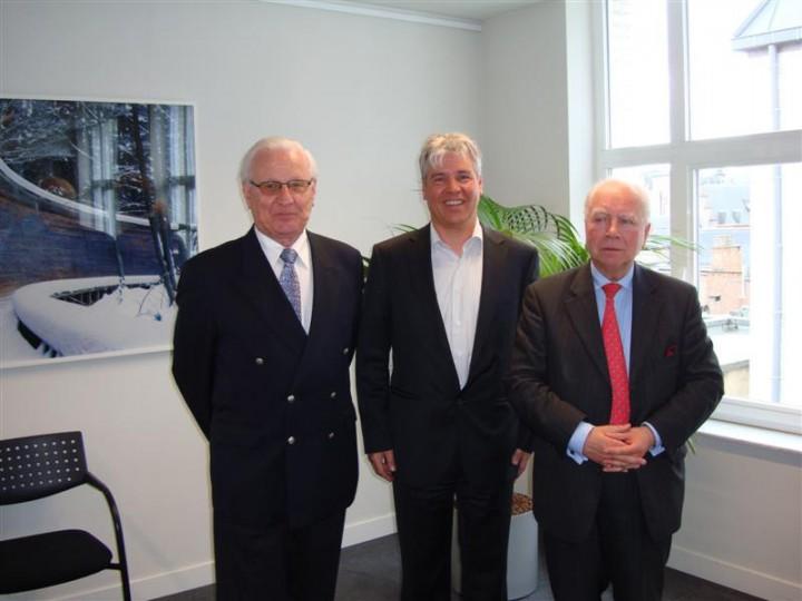 Oud staatssecretaris Vic Anciaux, minister Bert Anciaux en staatsminister Mark Eyskens