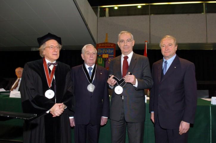 Uitreiking BeNeLux-Europa Prijs aan staatsminister Frits Korthals Altes