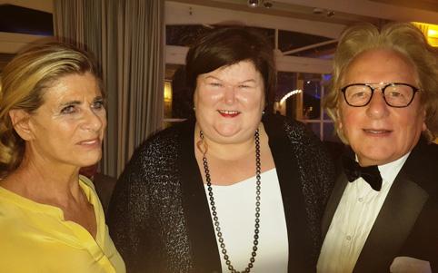 BeNeLux-News: prinses Lea van België, minister Maggie De Block (midden) en prof. Anton van der Geld